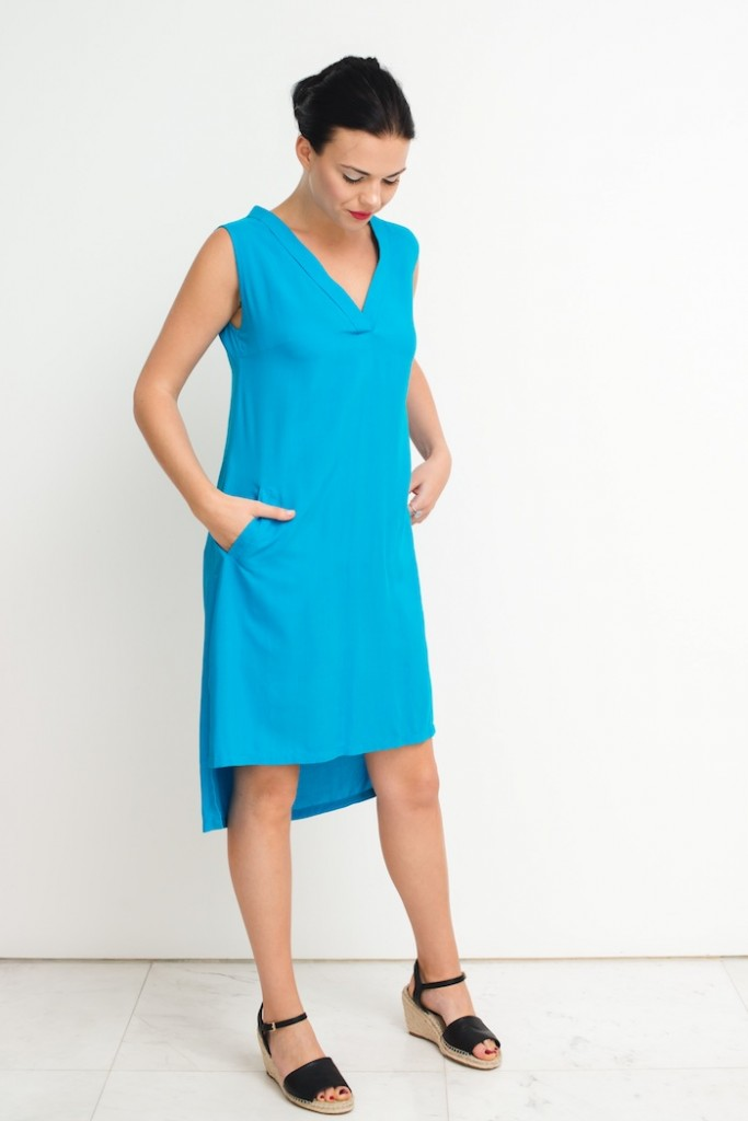 very v dress turq_full front_hands in pockets_prestashop size